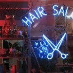 How to Find a Good Hair Salon when Traveling Abroad – 7 Travel Tips