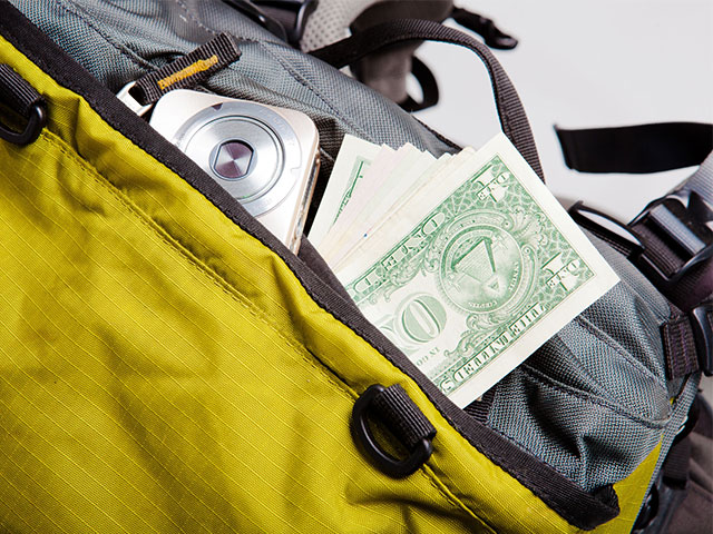 8 Budget Travel Packing Essentials