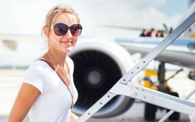 10 Airplane Beauty Tips: How to Look Good After a Long Haul Flight