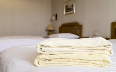 How to Get Free Hotel Perks at Luxury Hotels Worldwide