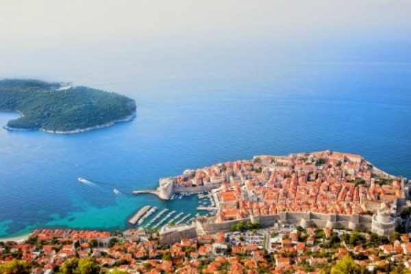 What to Wear in Croatia: Spring Travel Abroad