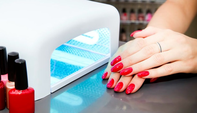 Vacation Nails that Won't Chip or Peel: Gel Manicures