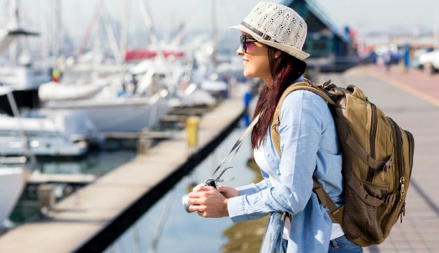 Lightweight Jackets for Summer Travel: 5 Stylish Options for EVERY Trip