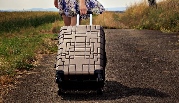 Best Hardside Luggage for Women: 12 Fabulous Finds