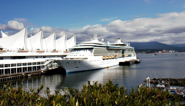 What to Pack for Alaska Cruise in August: Ten Days, One Suitcase