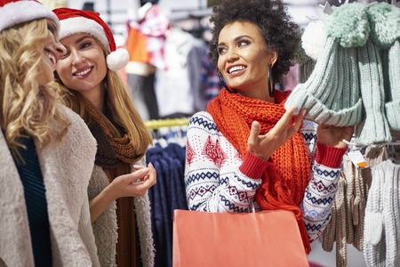 Best Day After Christmas Sales 2015: Travel Gear, Luggage, and Clothing