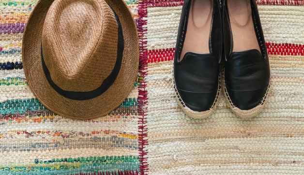7 Shoes for Spring Travels: the Best Styles to Wear this Time of Year
