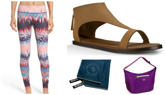 10 Best Yoga Gifts for Travelers