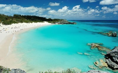 What to Wear in Bermuda: Clothing and Essentials