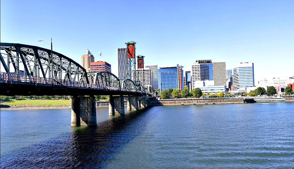 What to Wear in Portland, Oregon in Summer